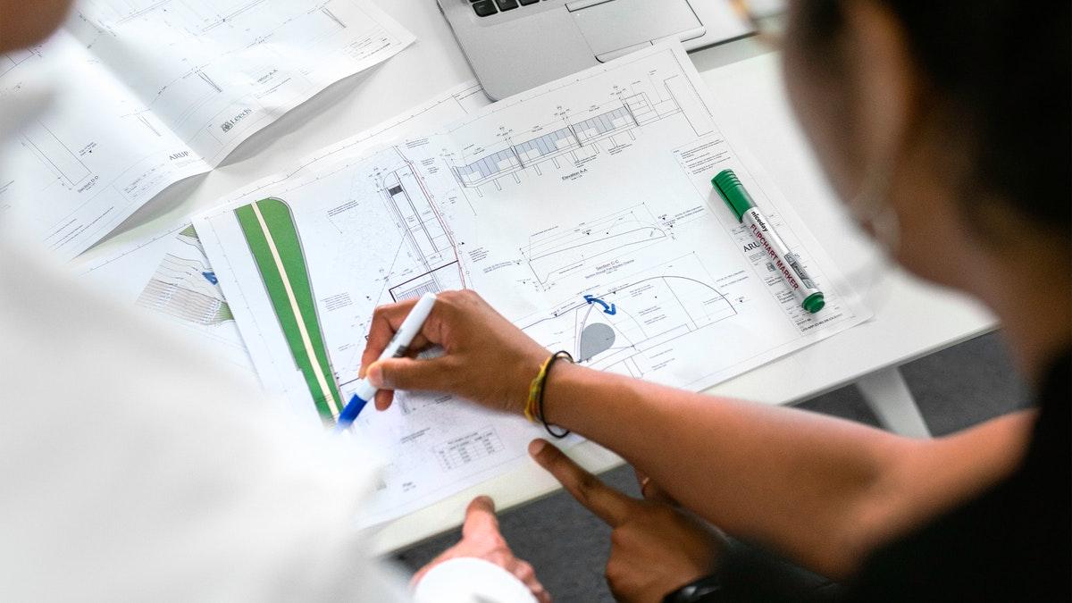 Sempre que se fala em obra, vem à mente é o valor a ser investido. Por isso uma das preocupações é sobre formas de diminuir custos. Confira!